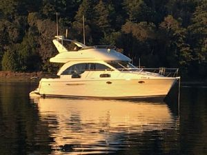 Used Meridian 381 Cruiser Boat For Sale