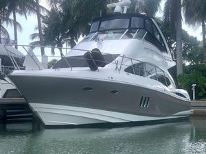 Used Cruisers 447 Sedan Bridge Motor Yacht For Sale