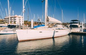 Used Beneteau Oceanis Ketch Sailboat For Sale