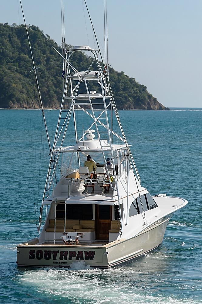 2009 used spencer yachts custom carolina sports fishing for Custom fishing boats