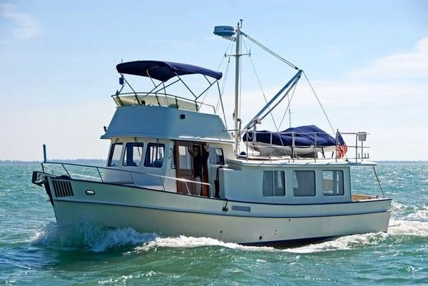 Used Pacific Trawler 37 Pilothouse Trawler Cruiser Boat For Sale
