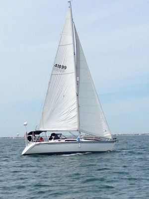 Used Hunter Legend 37 Cruiser Sailboat For Sale