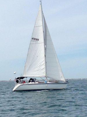 Used Hunter Legend 37 Cruiser Sailboat For Sale