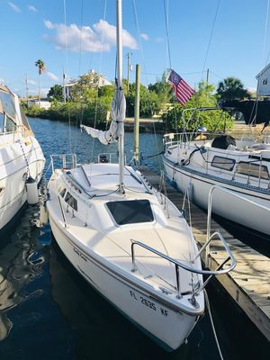 Used Catalina 22 Daysailer Sailboat For Sale