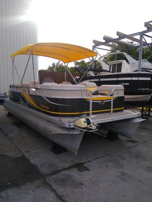 Used Qwest 820 RLS Passenger Boat For Sale