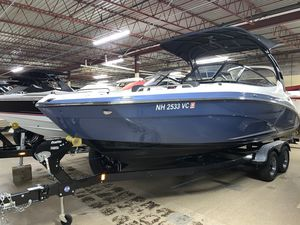 Used Yamaha Boats 242 LTD SE Express Cruiser Boat For Sale