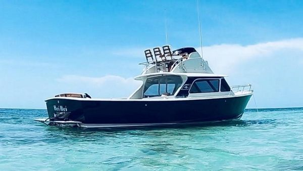 Used Bertram 31 Moppie FB Sports Fishing Boat For Sale