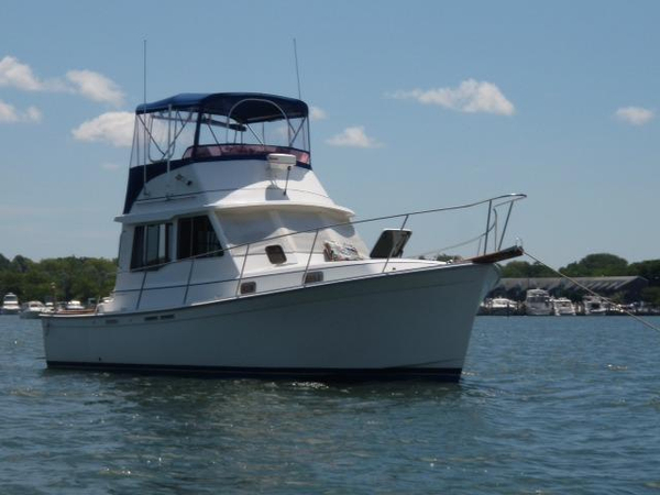 Used Cape Dory 33 Motor Yacht For Sale
