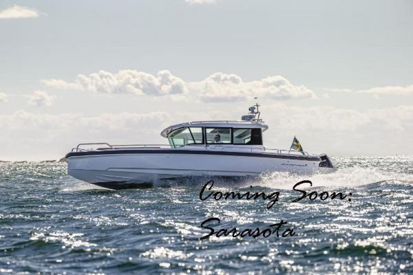 New Axopar 28 CABIN Center Console Fishing Boat For Sale