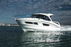 New Beneteau Antares 9 Center Console Fishing Boat For Sale