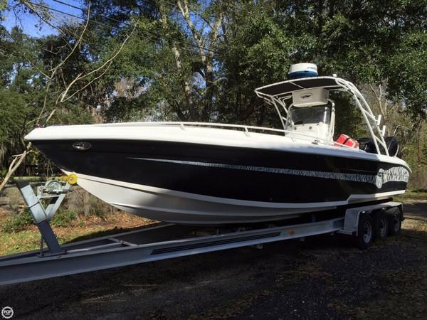Used Glasstream 328 SCX Center Console Sportfish Cuddy Center Console Fishing Boat For Sale