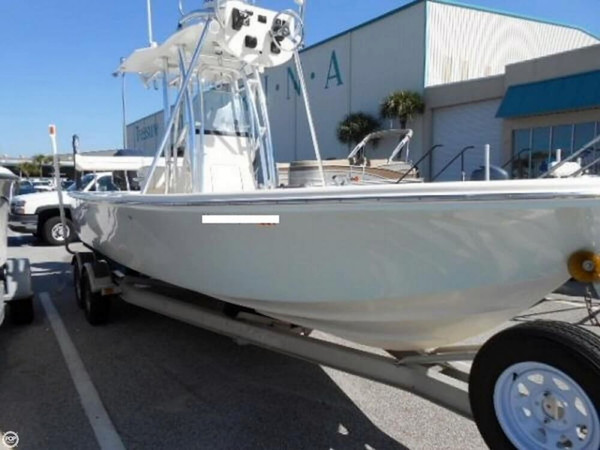 Used Canyon Bay 2375 CC Center Console Fishing Boat For Sale