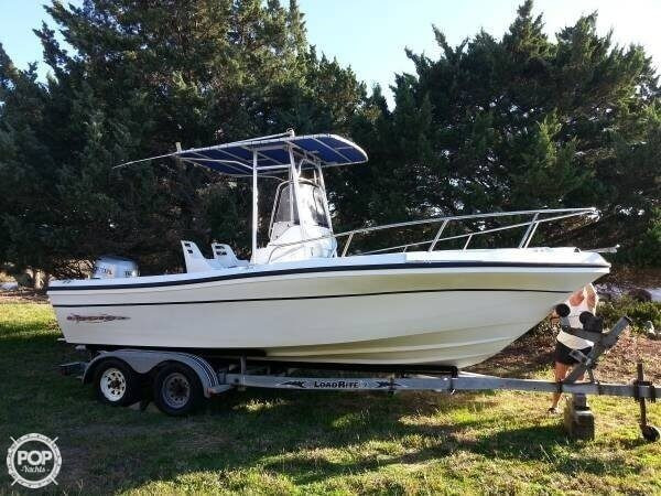 2001 used logic 210 cc center console fishing boat for for Used fishing boats for sale in eastern nc