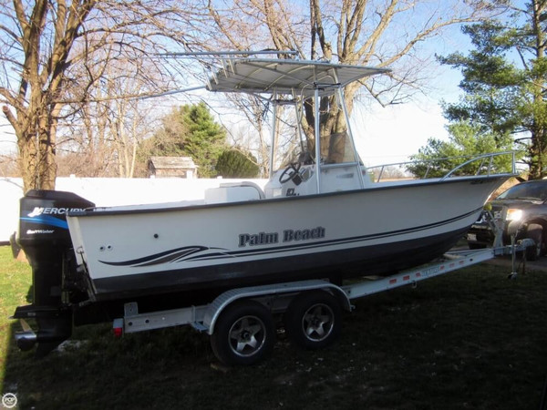 Used Palm Beach Whitecap 235 Center Console Fishing Boat For Sale