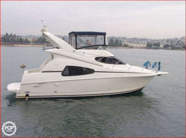 Used Silverton 330 Sport Bridge Express Cruiser Boat For Sale