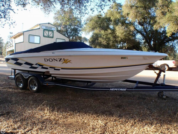 Used Donzi ZX 22 High Performance Boat For Sale