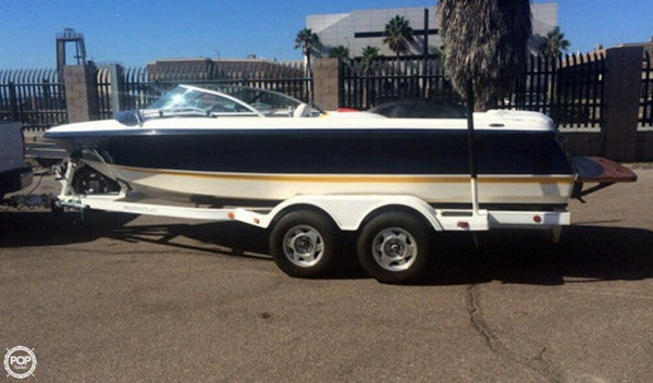 Used Mastercraft Prostar 195 Ski and Wakeboard Boat For Sale
