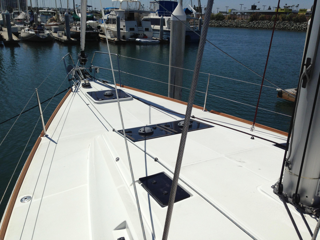 2018 used jeanneau 479 sun odyssey racer and cruiser sailboat for sale -  383 292