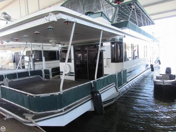 Used Stardust Cruiser 16 x 68 House Boat For Sale