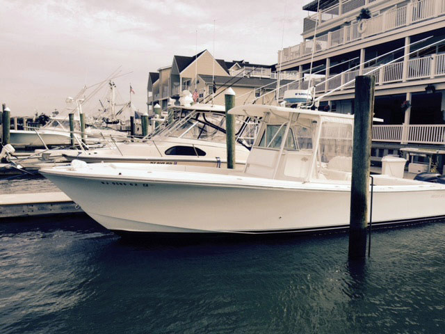2000 used regulator classic center console fishing boat for Fishing boats for sale nj