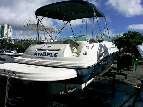 Used Sea Ray 240 Sundeck Cruiser Boat For Sale