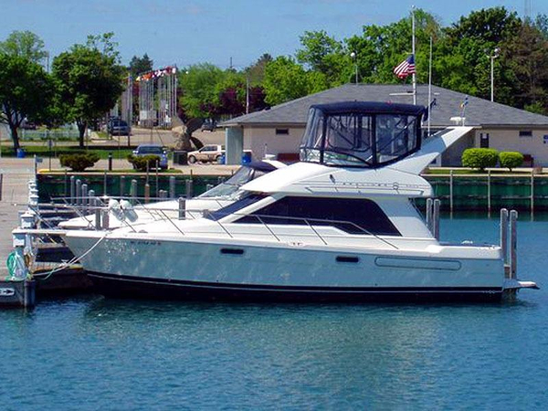 Used Bayliner 3388 Motor Yacht For Sale