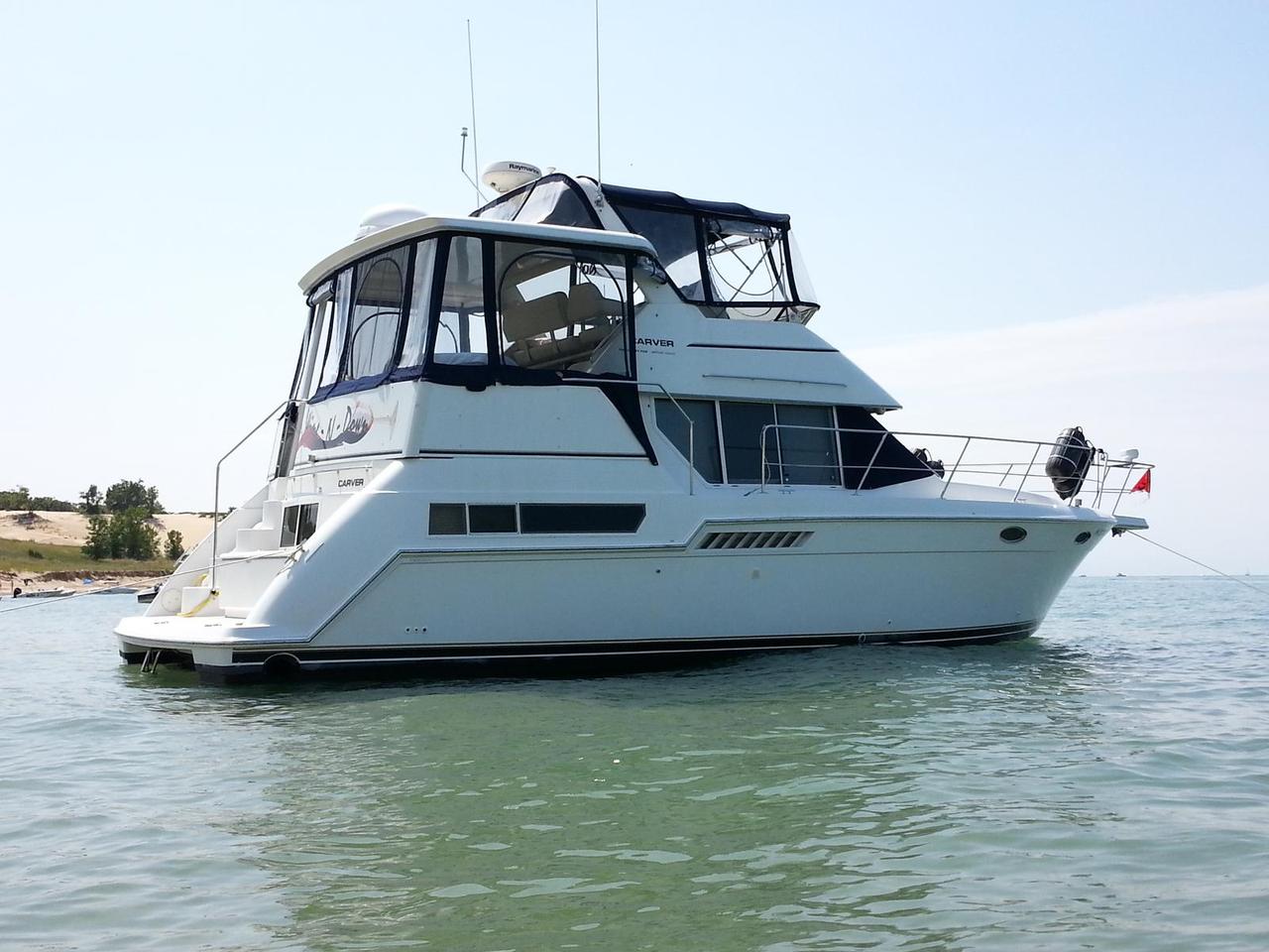 1998 Used Carver 355 Aft Cabin Motor Yacht Cruiser Boat