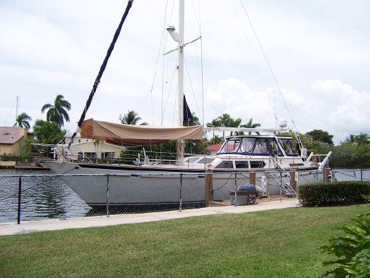 Used Gulfstar Sailcruiser Cockpit Sloop Cruiser Sailboat For Sale