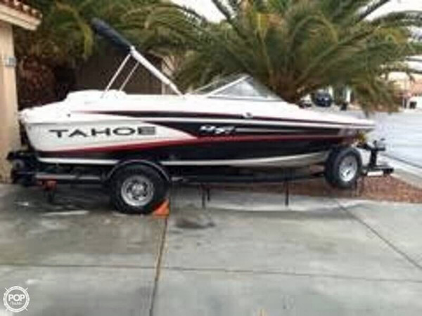 Used Tahoe Q4i Ski and Wakeboard Boat For Sale