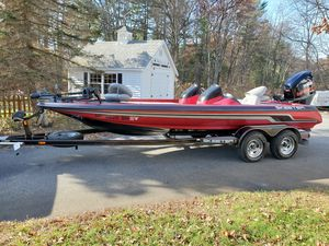 Used Skeeter ZX 225 Ski and Fish Boat For Sale