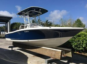 Used Crevalle 24 Bay Center Console Fishing Boat For Sale
