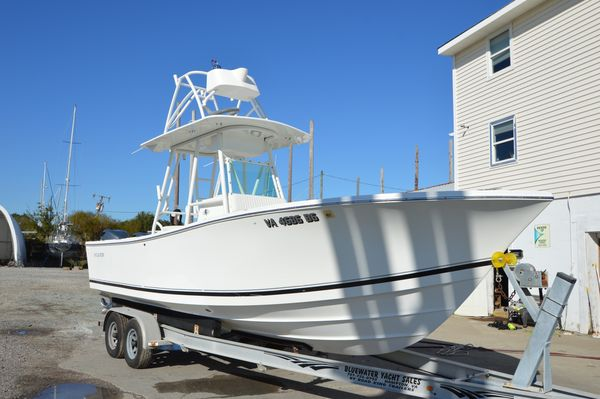 Used Regulator 26 Classic Center Console Fishing Boat For Sale