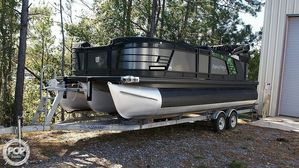 Used Godfrey Pontoon Aqua Patio 235C Pontoon Boat For Sale