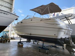 Used Larson Cabrio 260 Cruiser Boat For Sale