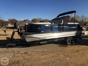 Used Manitou 23 Oasis SHP Pontoon Boat For Sale