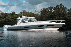 Used Intrepid 477 Evolution Express Cruiser Boat For Sale