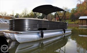 Used Coach RF2385 Pontoon Boat For Sale