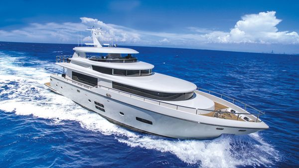 New Johnson Flybridge w/Hydraulic Platform Motor Yacht For Sale