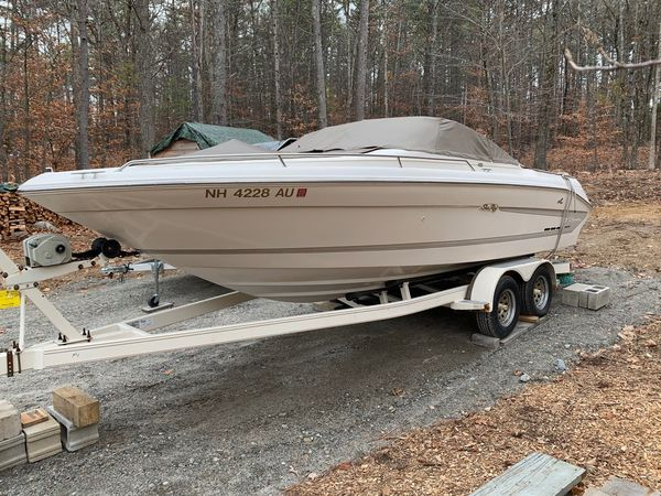 Used Sea Ray 220 Signature Select Express Cruiser Boat For Sale