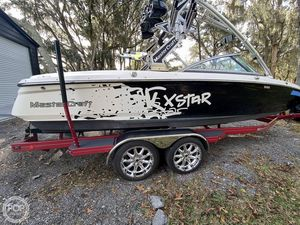 Used Mastercraft XStar SS Ski and Wakeboard Boat For Sale