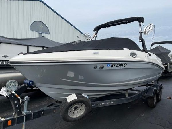 Used Bayliner VR6 Bowrider Boat For Sale