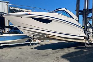 Used Regal 2800 Express Cruiser Boat For Sale