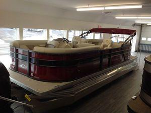 New Crest CL DLX 220SLC Pontoon Boat For Sale