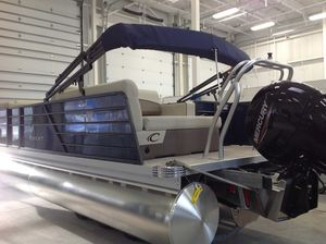New Crest CL DLX Pontoon Boat For Sale