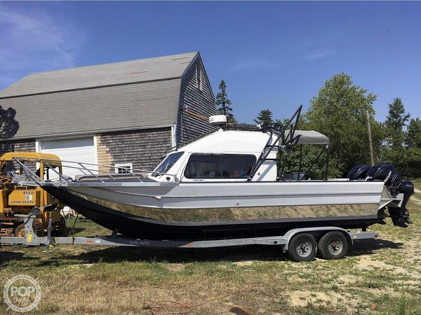 Used Motion Marine 26 Outback Offshore LXV Aluminum Fishing Boat For Sale