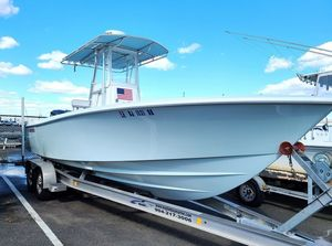 Used Contender 25T Center Console Fishing Boat For Sale
