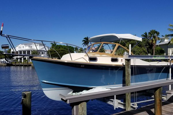 Used Fortier 26 Center Console Fishing Boat For Sale