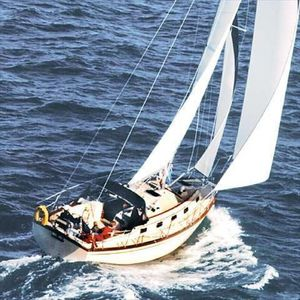 Used Island Packet 37 Racer and Cruiser Sailboat For Sale