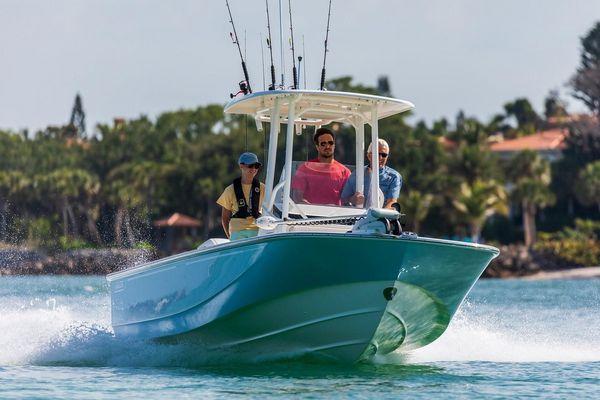 New Boston Whaler 210 Montauk Sports Fishing Boat For Sale