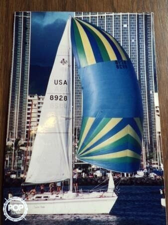 Used Islander Yachts 40 Sloop Sailboat For Sale